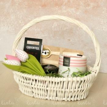 Корзинка с тюльпанами | Купить корпоративные подарки | Купить корпоративные подарки оптом | Корпоративные подарки с логотипом | Подарки кол